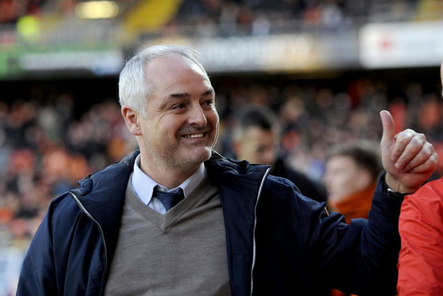 0mins - Ray McKinnon was welcomed back to Tannadice