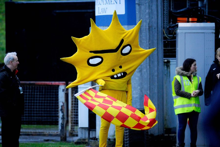 Kingsley welcomed the teams to The Energy Check Stadium at Firhill. Picture Michael Gillen.