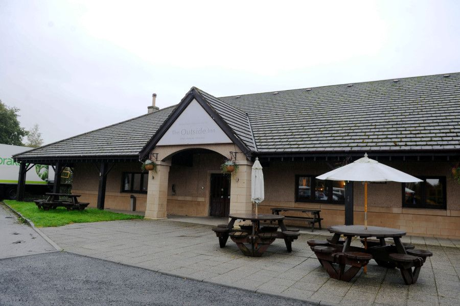 The Outside Inn, Bellsdyke Road, Larbert which is due to undergo a �500,000 refurbishment and change of name. Picture by Michael Gillen.