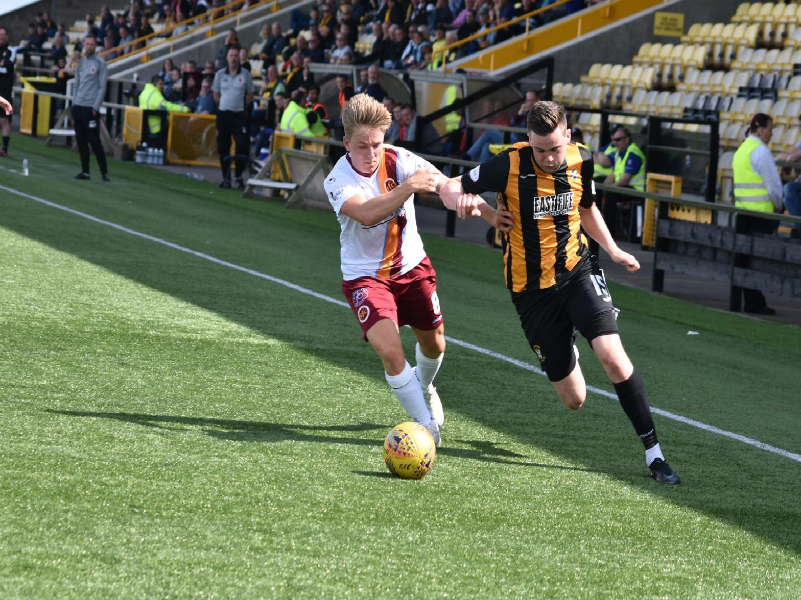East Fife's Anton Dowds breaks into the box.