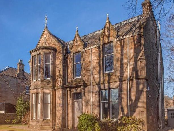 This Edinburgh home costs over £17k per month to rent - take a look inside