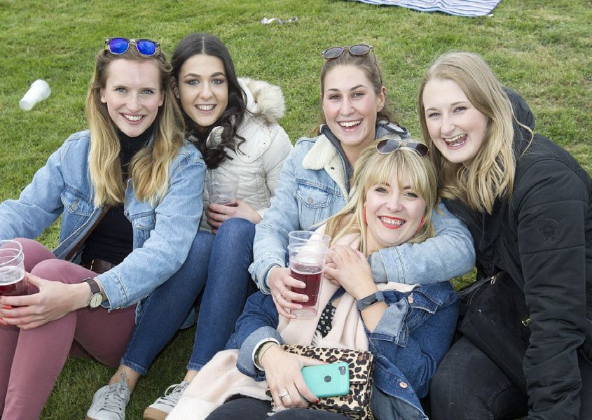 Kerry, Keira, Caitlin Megahy and Caitlin Connell and Phillippa enjoying the craic at Earlston.