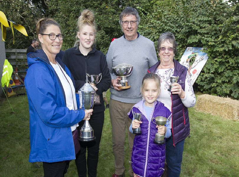 Ann and Jasmine Turnbull, Derek, Val and Lana Turnbull with their prizes from Ancrum show