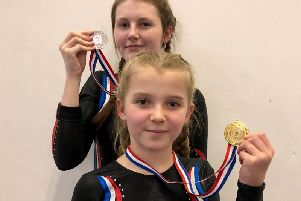 Medallists Lizzie Foxton and Amber Turner