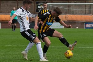 Action from Saturdays match (Pic by Alan Bell)