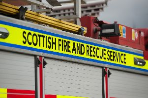 Firefighters tackle 200m wildfire in Fauldhouse
