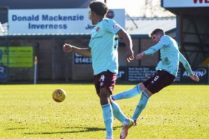 Hearts' Kyle Lafferty scores to make it 1-0. Picture: SNS/Paul Devlin
