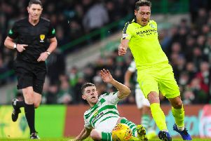 Mark Milligan had the Easter Road side's best opportunity of the first half but shot wide. Pic: SNS