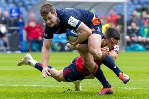 Chris Dean scores his try against Munster in the quarter-final