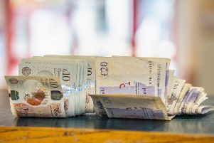 The rules surrounding finding money on the floor are not that clear (Photo: Shutterstock)