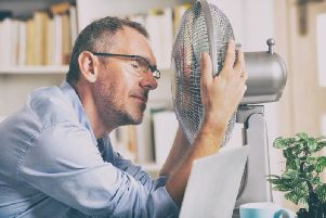 Portable fans can often be the best friend of an office worker in the summer (Photo: Shutterstock)