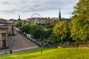 The Edinburgh Festival Wheel returns to the city this summer, allowing you to soak up spectacular views across Edinburgh from a breathtaking height.