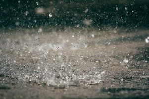 Heavy rain and thunder are set to hit Edinburgh and its surrounding areas over the next few days