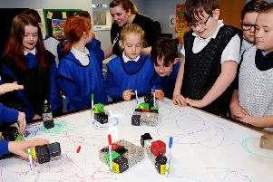 Watch Falkirk pupils create their very own robotic pals
