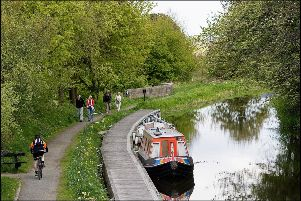 The trip will travel along the Union Canal ending at Linlithgow.