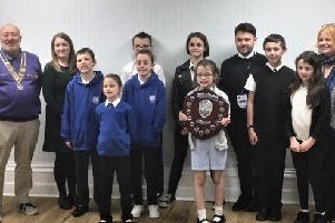Camelon primary Carmuirs tidies up in litter competition