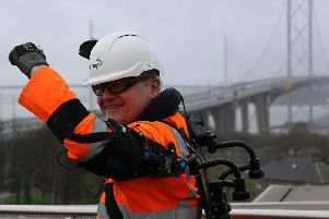 Forth Bridges 'robovest' trial is a Scottish first