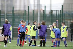 What led Little Kerse to give Syngenta Juveniles the red card from pitches?