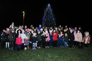 Christmas officially begins in Dennyloanhead as tree lights are switched on
