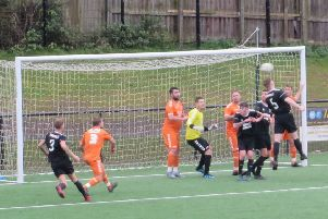 Kirkcaldy & Dysart come close from a corner