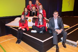 Winning team members Jessica Don, Rio Findlay, Aimee West, Millie Arnott and Pyper Noble with Steve Phimister, VP & Director Shell UK & Ireland