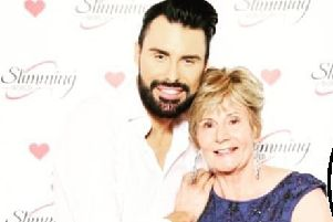 Silver smiles for Bishopbriggs Slimming World consultant as she meets up with X-Factor star Rylan Clark-Neal
