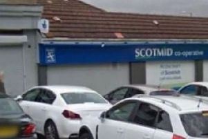 Armed robber who held up Scotmid store at Bearsden faces lengthy jail sentence