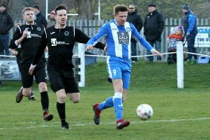 Action from Dalkeith Thistle 0-2 Penicuik Athletic (picture: Jim Dick)