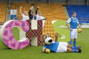 Blair Alston St Johnstone FC footballer, Brogan the Beagle St Johnstone FC mascot, Criona Knight Corporate Fundraising Manager at CHAS, Steve Brown St Johnstone FC Chairman, Debbie Mooney Head of Campaigns at CHAS.  Picture: Angus Findlay/Contributed