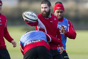 Cornell du Preez gets a feel for the ball in training ahead of Edinburgh's clash with Stade Francais. Picture: SNS/SRU