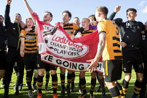 Alloa's players celebrate at full time. Picture: SNS