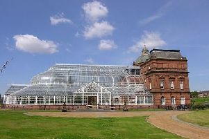 Over 7,000 people have signed a petition in a bid to try and save the People's Palace and Winter Gardens from closure.
