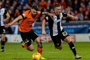 Jamie Robson tussles with St Mirren's Kyle McAllister during Thursday's 0-0 draw in the first leg of their Play-Off final at Tannadice. Picture: SNS
