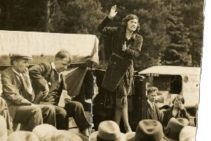 Jennie Lee speaking at an Independent Labour Party gathering at Garrison Bridge, West Scotland, 1930. � The Open University