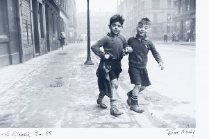 The photograph taken in the Gorbals from 1948