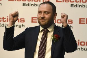 Edinburgh South MP Ian Murray has confirmed his bid to become deputy leader of the UK Labour Party