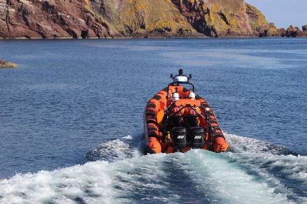 St Abbs independent lifeboat was called out to rescue a casualty who had fallen on cliffs.