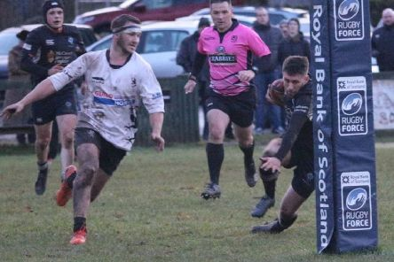 Jack Webster crosses the line for a decisive Berwick try