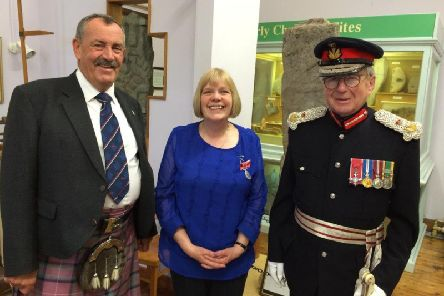 Anne Speirs flanked by Patrick Stewart, Lord Lieutenant (on the right)and Stewart Shaw, Depute Lieutenant. Photo by Stewart Shaw.