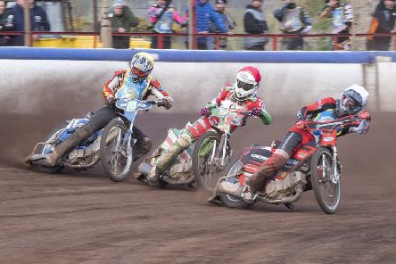 Heat 14: William Lawson , Dannny Ayres and Joel Andersson. Picture: Ron MacNeill