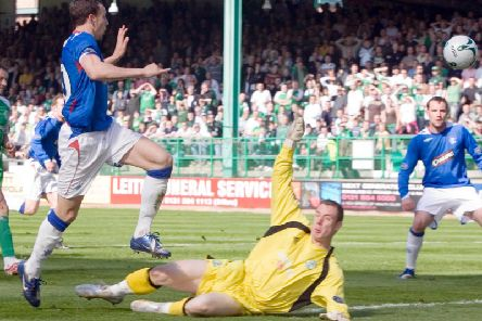 Andy McNiel in action for Hibs. Not the club's best keeper in the 21st century. Picture: SNS