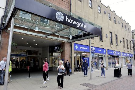 Falkirk's Howgate centre joins in with Purple Tuesday