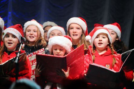 Falkirk Christmas lights switch on 2019. Big Bad Wolf Theatre Company. Picture by Michael Gillen.