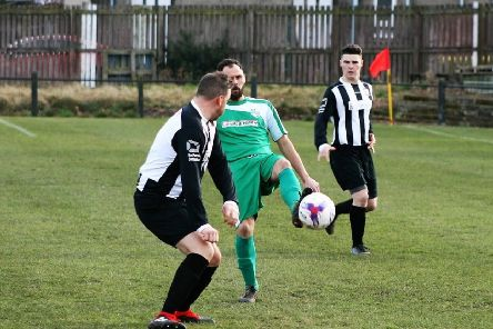 Newburgh look to cut out another Thornton attack. Pic by Graham Strachan.