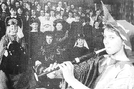 Emma Sinclair as the Pied Piper in 1998