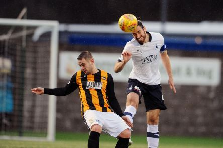 Defences were on top at Bayview. Picture by Michael Gillen.