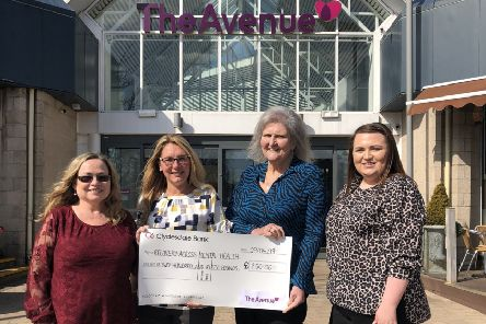 The Avenue awards £250 Community Fund to Recovery Across Mental Health