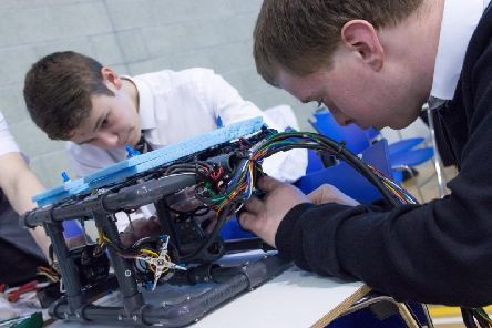 Pupils at work on ROV