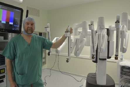 Cardiothoracic consultant Alan Kirk with the �1.3m Da Vinci surgical system at the Golden Jubilee National Hospital in Clydebank