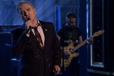 Morrissey performs on the Jimmy Fallon show sporting the For Britain logo